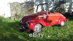 Voiture a pedale simca 6